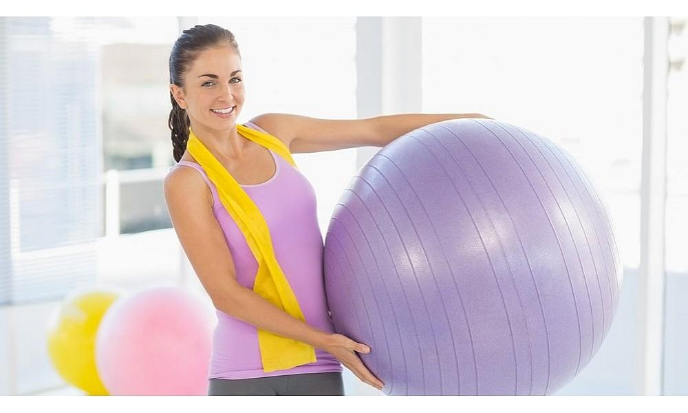 Выбираем мяч для фитнеса (фитбол) - полезный и доступный тренажер для всей семьи