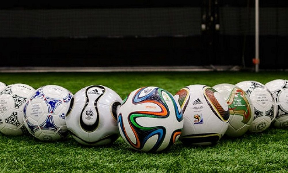 Как правильно выбрать мяч для игры в футбол?